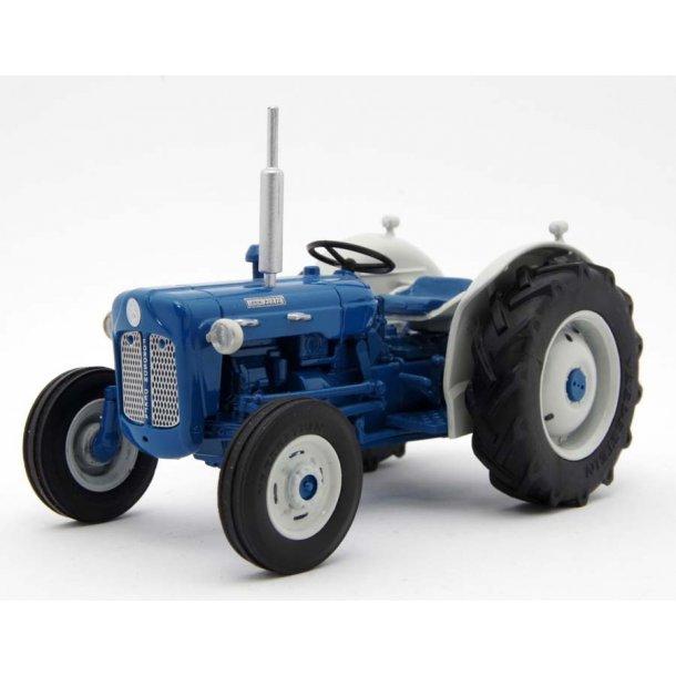 Fordson Dexta 1962 traktor 1/32 Legend Farmmodels/ Marge Models