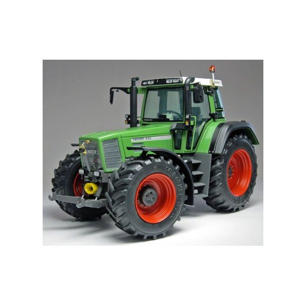 Fendt Favorit 824 (1996-2000) traktor 1/32 Weise Toys