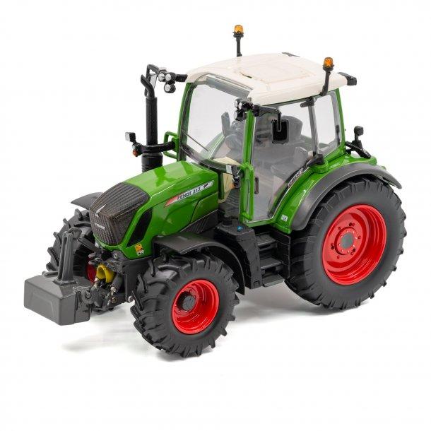 Fendt 313 Vario traktor 1/32 USK