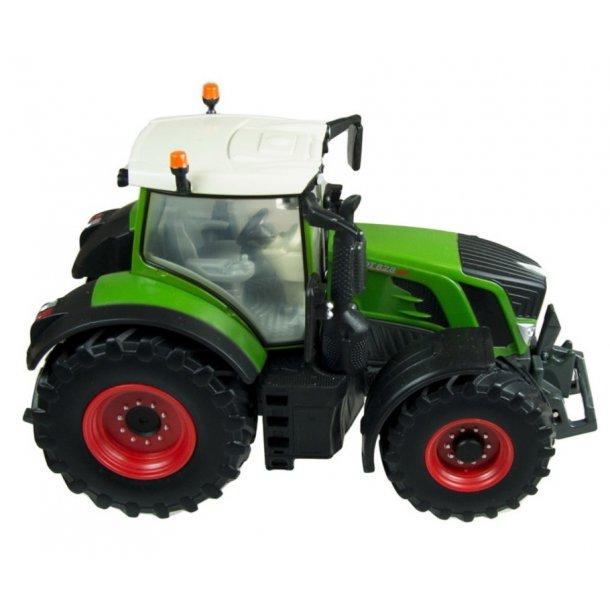 Fendt 828 Vario traktor 1/32 Britains