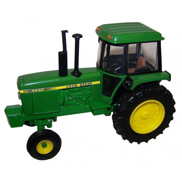 John Deere 4440 traktor 1/32 Ertl Britains