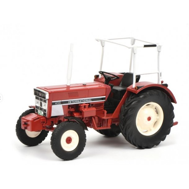 International IH 433 traktor 1/32 Schuco