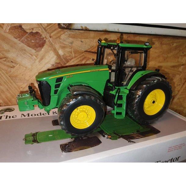 John Deere 8530 precision traktor 1/32 Ertl