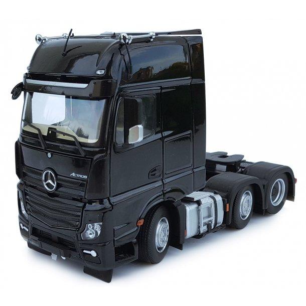 Mercedes-Benz Actros Gigaspace 6x2 sort lastbil 1/32 Marge Models