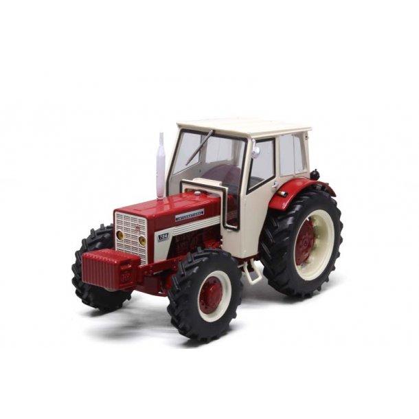 IH 724 4wd traktor 1/32 Replicagri