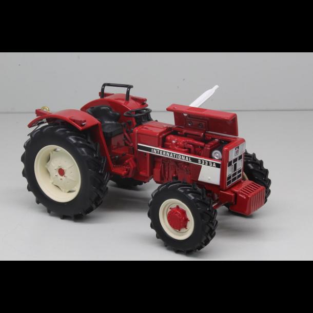 International IH 533 SA 4wd traktor 1/32 Replicagri